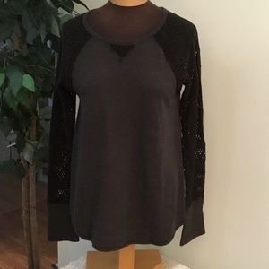 Lucky Brand dk gray/black lace sleeve ribbed body